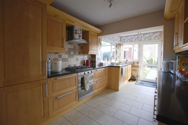 3 bed town house for sale in Burrswood Avenue, Limefield, Bury