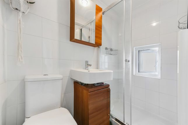 Bathroom of Archway Road, Highgate N6