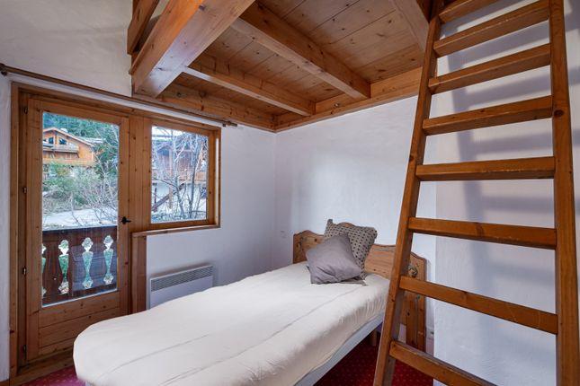 The Bedrooms of La Tania, Rhone Alps, France