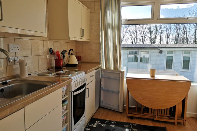 Modern Kitchen of Norton Park, Dartmouth TQ6