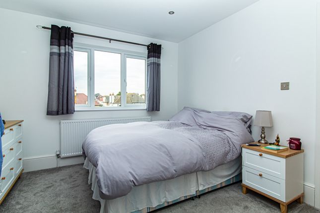 Bedroom of Lifstan Way, Southend-On-Sea SS1