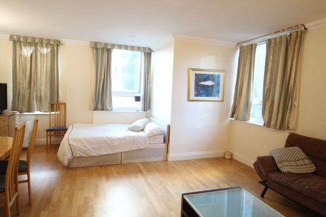 Thumbnail Shared accommodation to rent in Aegon House, Crossharbour