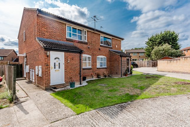 Shrivenham Close, College Town, Sandhurst GU47