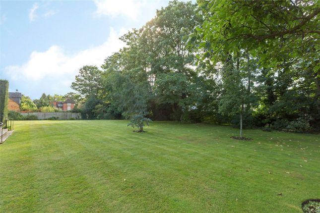 Picture No. 13 of Ray Lodge, Ray Park Avenue, Maidenhead, Berkshire SL6