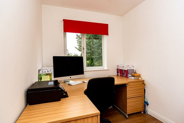 Bedroom4/Study of Plumpton Gardens, Doncaster, South Yorkshire DN4