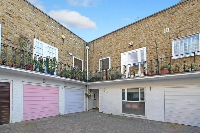 Thumbnail Property to rent in Steeles Mews South, London