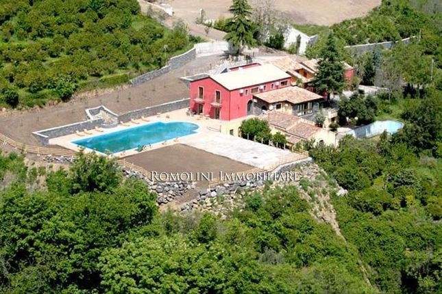 Leisure/hospitality for sale in Mascali, Sicily, Italy