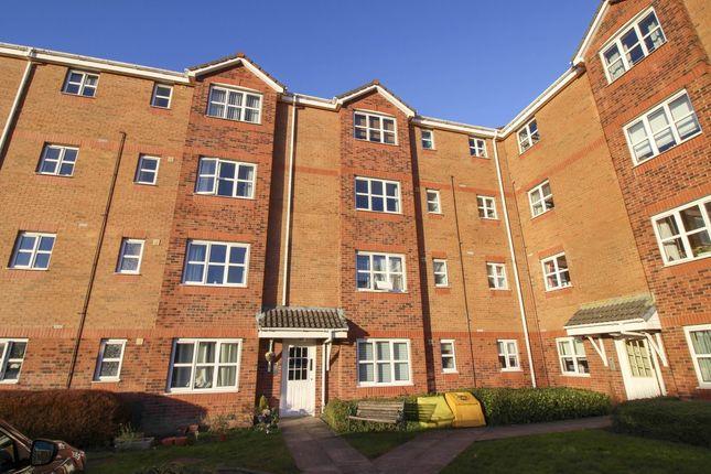 2 bed flat to rent in Canavan Court, Falkirk FK2