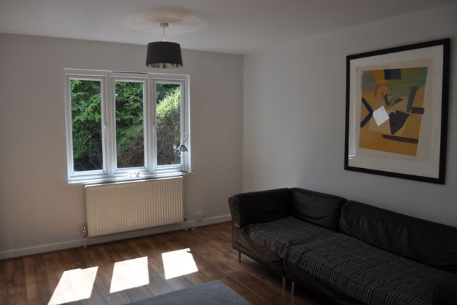 Thumbnail Semi-detached house to rent in Station Road, Hurst Green, Etchingham