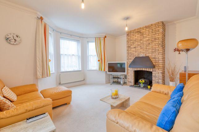 Sitting Room of Shaftesbury Drive, Fairfield, Hitchin SG5