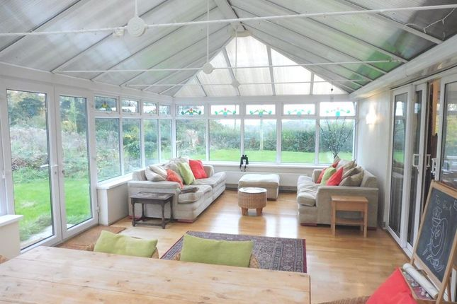 Thumbnail Property for sale in Cross Common Road, Dinas Powys
