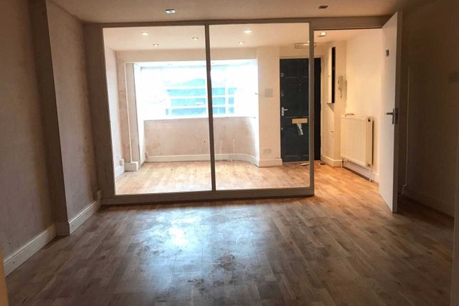 Thumbnail Flat to rent in Peckham Rye, Peckham