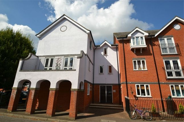 Thumbnail Flat for sale in Victoria Chase, Colchester, Essex