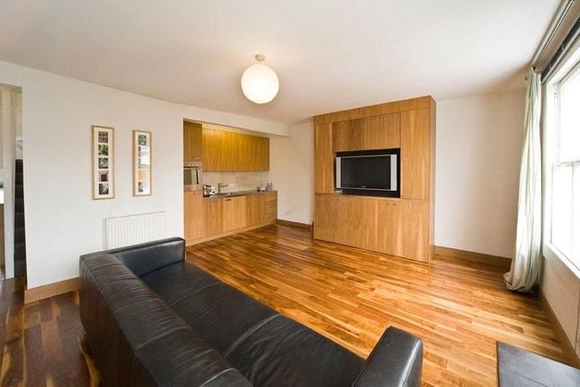 1 bed flat to rent in Packington Street, London