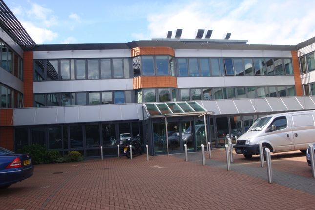 Office to let in Devonshire House, Honeypot Lane, Stanmore