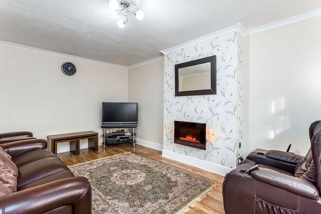 Living Room of Victoria Avenue, Batley, West Yorkshire WF17