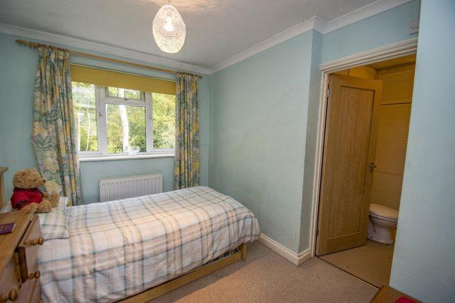 Bedroom of Beechwood Close, Crays Pond, Reading RG8