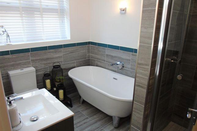 Family Bathroom of Eton Drive, Aintree Village, Liverpool L10