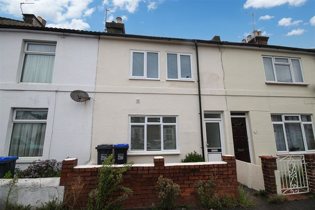 Thumbnail Terraced house to rent in Newland Road, Worthing