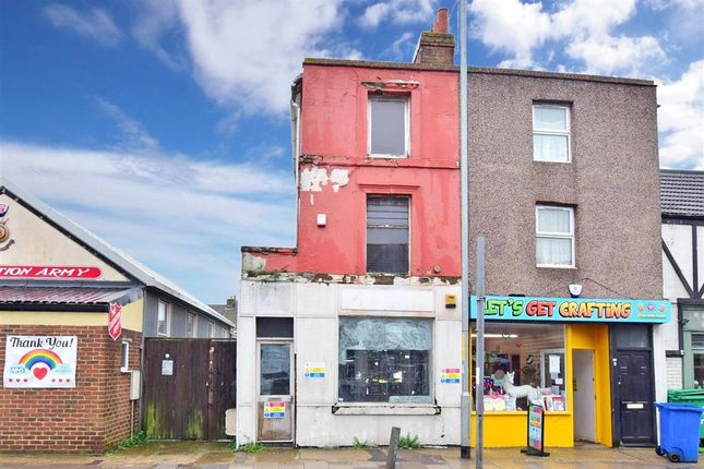 2 bed maisonette for sale in High Street, Sheerness, Kent ME12