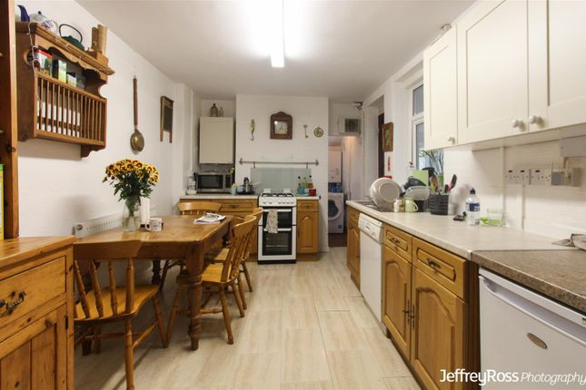 Thumbnail Property to rent in Flora Street, Cathays, Cardiff