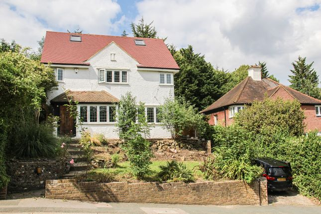 Thumbnail Detached house for sale in Grovelands Road, Purley