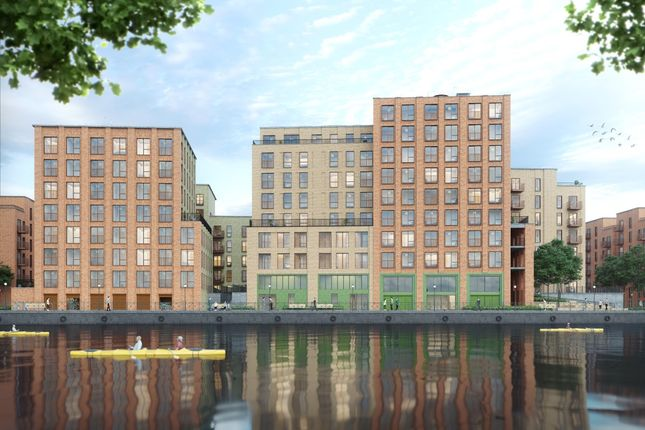 Flat for sale in Quay 5, Salford
