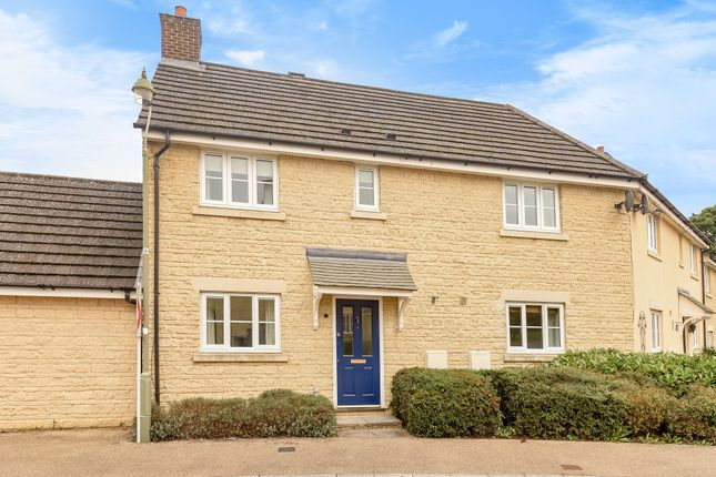 Thumbnail Property to rent in Primrose Close, Madley Park, Witney