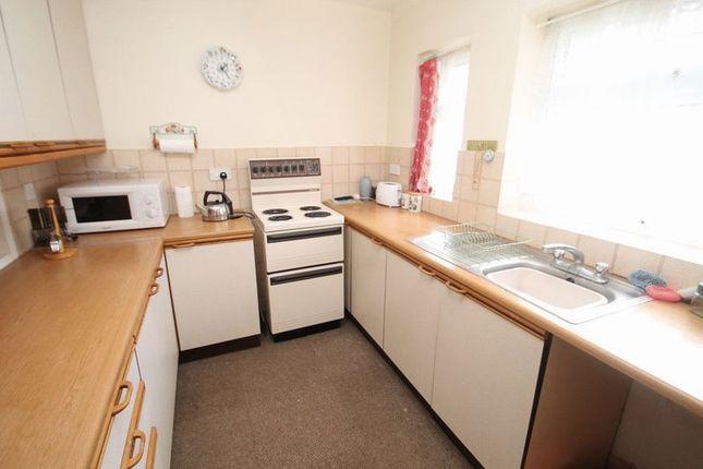 Kitchen of Brownlow Avenue, Edlesborough, Bucks LU6