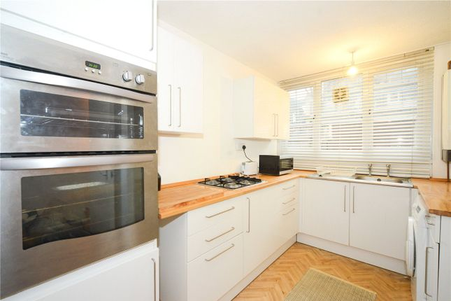 Thumbnail Terraced house to rent in Plane Tree Walk, London
