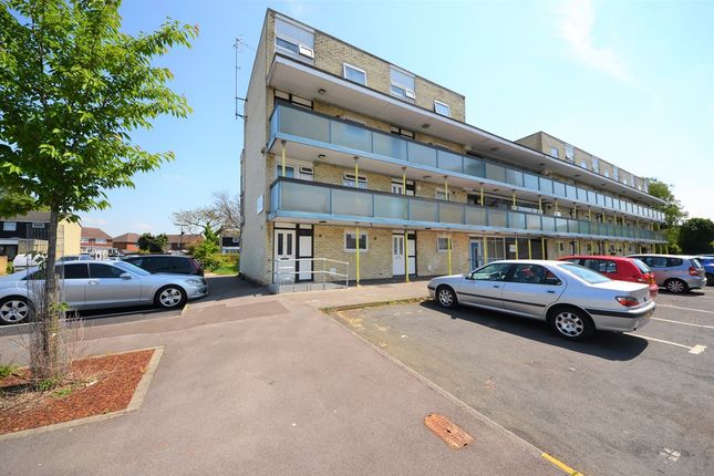 Thumbnail Flat for sale in Vaudrey Close, Shirley, Southampton