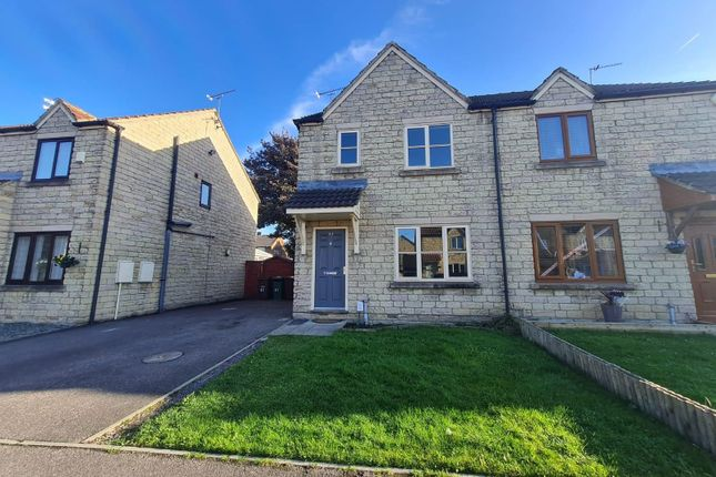 3 bed property to rent in Beverley Close, Normanton WF6