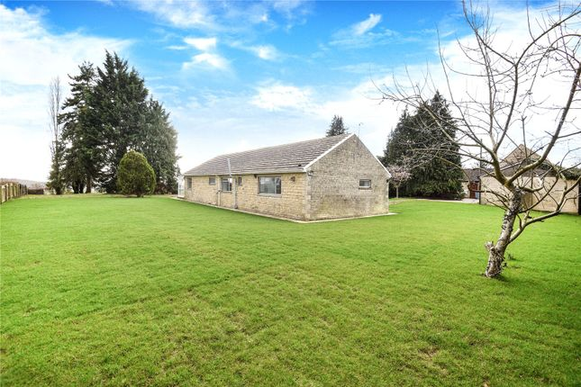 Thumbnail Bungalow to rent in Heath Farm Lane, North Leigh, Witney