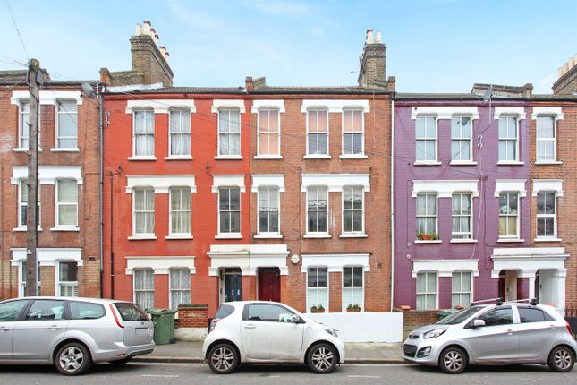 2 bed flat for sale in Northlands Street, Camberwell, London SE5