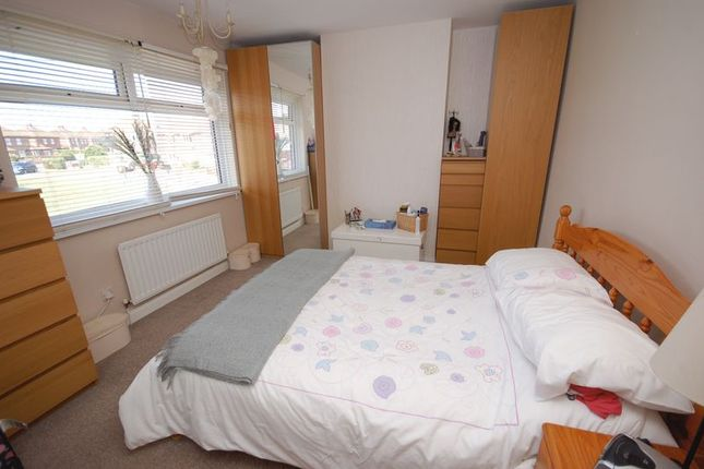 Bedroom 1 of Farne Road, Forest Hall, Newcastle Upon Tyne NE12