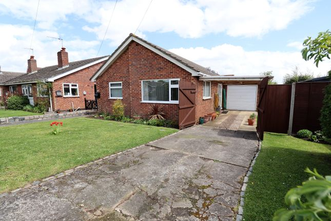 3 bed detached bungalow for sale in Lime Tree Avenue, Long Stratton, Norwich NR15