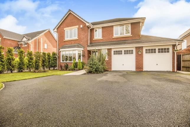 Thumbnail Detached house for sale in Lancaster Lane, Clayton-Le-Woods, Leyland, .