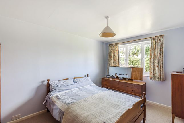Bedroom of St. Marys Close, Henley-On-Thames RG9