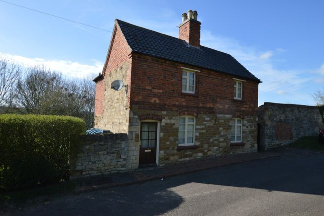 Thumbnail Cottage to rent in School Lane, Croxton Kerrial, Grantham