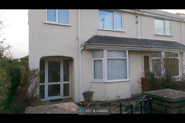 Thumbnail Semi-detached house to rent in Victoria Drive, Llandudno Junction