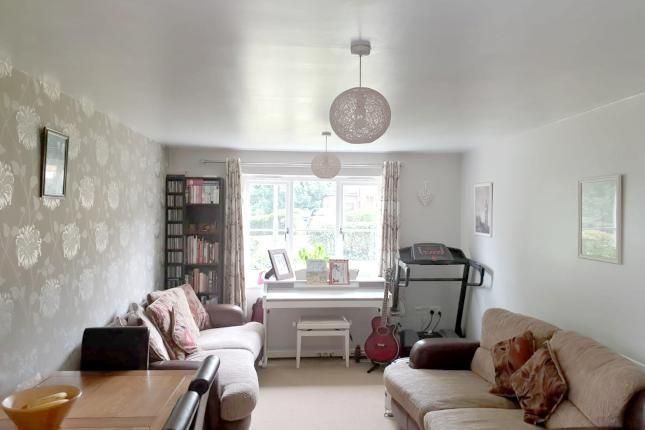Thumbnail Flat for sale in Maidensfield, Knightsfield, Welwyn Garden City