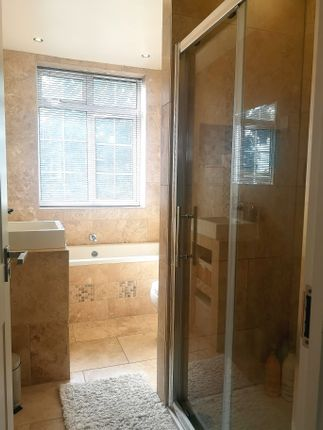 Separate Shower of 76, Findon Road PO12