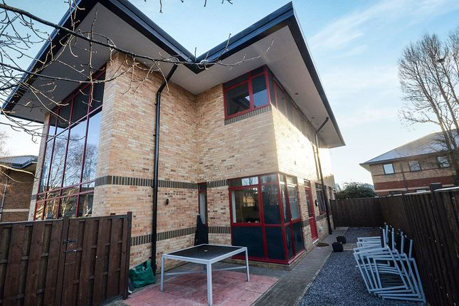 Thumbnail Flat to rent in Amy Johnson Way, York
