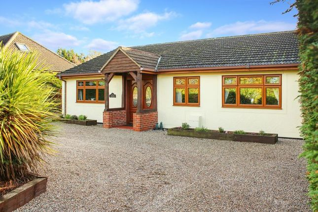 Thumbnail Detached bungalow for sale in Meadow Way, Wickford