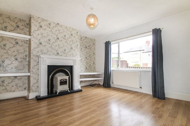 Thumbnail Terraced house to rent in Acres Hall Avenue, Pudsey