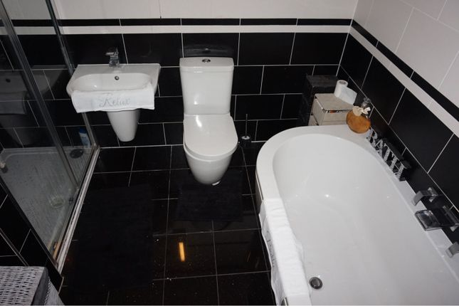 Master En-Suite of Oldbury Close, Hopwood, Heywood OL10