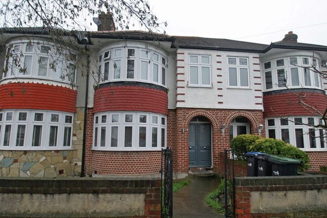 Thumbnail Terraced house for sale in Firs Park Avenue, London