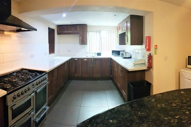 Thumbnail Detached house to rent in Mauldeth Road, Withington, Manchester