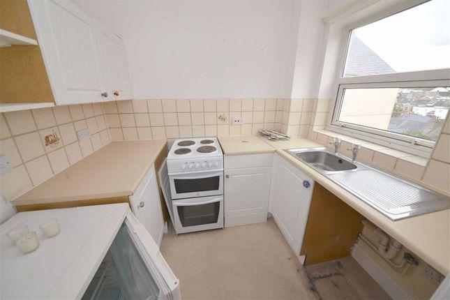 Kitchen of 32, Clareston Court, Tenby, Dyfed SA70