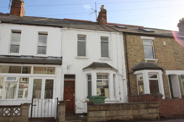 Thumbnail Terraced house to rent in Howard Street, Oxford